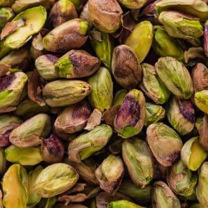 Color verde brillante en pistachos