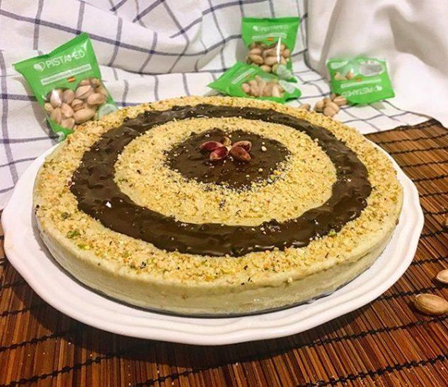 Tarta de pistachos y chocolate