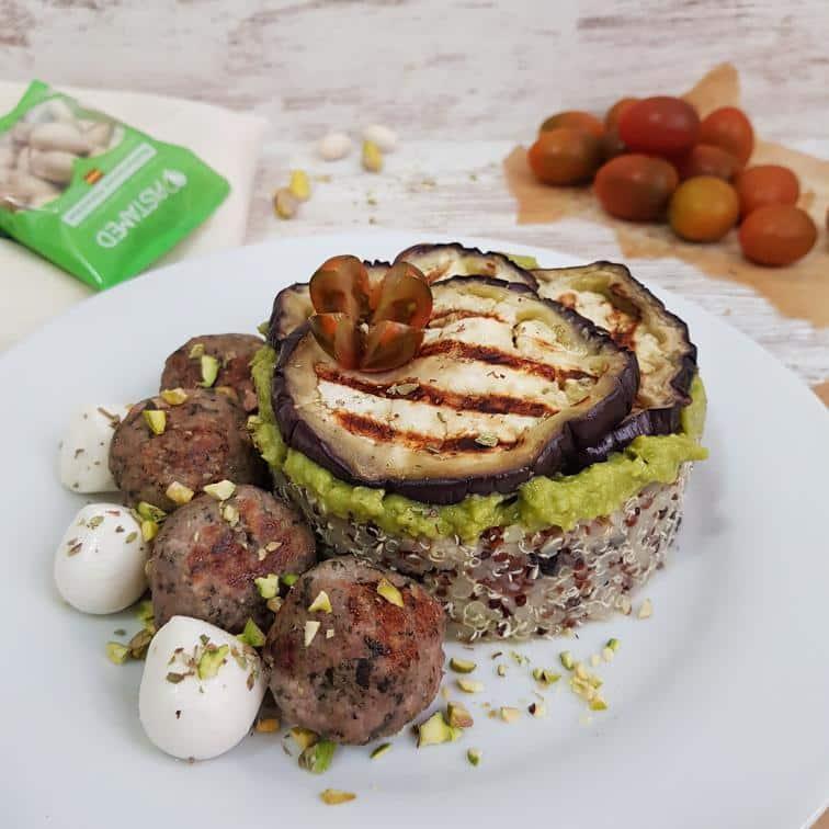 Quinoa tricolor con pistachos